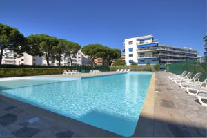 Le Grand Large Caravelle 3, Apartments  Cagnes-sur-Mer - big - 5