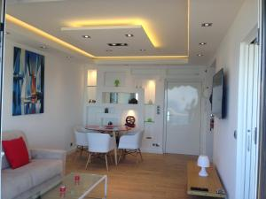 Le Grand Large Caravelle 3, Apartments  Cagnes-sur-Mer - big - 3