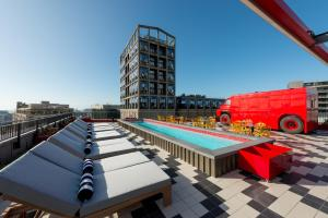 Radisson RED Hotel, V&A Waterfront Cape Town (9 of 58)