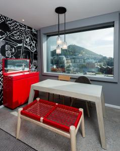 Radisson RED Hotel, V&A Waterfront Cape Town (21 of 58)
