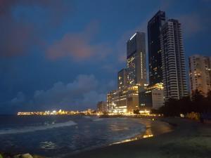 Apartamento en cartagena con vista al Mar /MakroTours, Apartments  Cartagena de Indias - big - 12