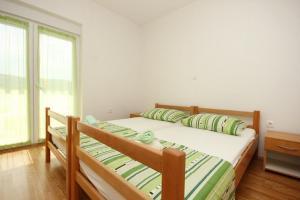 Apartment Poljica 10010a, Apartments  Marina - big - 7