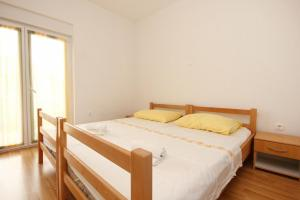 Apartment Poljica 10010c, Apartmány  Marina - big - 9