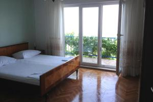 Apartment Sveti Juraj 2399b, Apartmanok  Sveti Juraj - big - 6