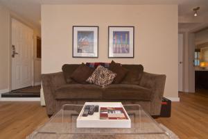 Glacier's Reach - Two-Bedroom Apartment - 4388 Northlands Boulevard - Unit 16