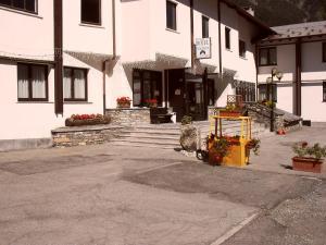 Prenota Hotel De La Telecabine
