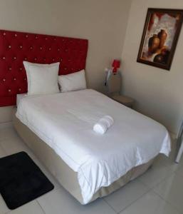 Oxford Hotel, Отели  Tsumeb - big - 5