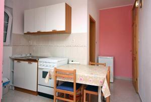 Studio Brodarica 4835a, Apartmanok  Brodarica - big - 9
