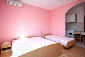 Studio Brodarica 4835a, Apartmanok  Brodarica - big - 5