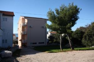Studio Brodarica 4835a, Apartmanok  Brodarica - big - 16