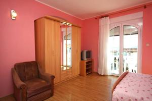 Studio Brodarica 4835a, Apartmanok  Brodarica - big - 3
