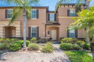 Laurie's Regal Palms Townhouse** Townhouse, Holiday homes  Davenport - big - 1