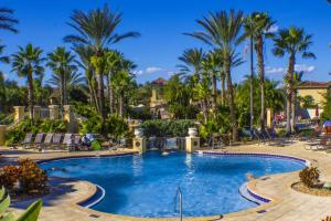Laurie's Regal Palms Townhouse** Townhouse, Holiday homes  Davenport - big - 12