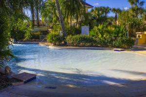 Laurie's Regal Palms Townhouse** Townhouse, Holiday homes  Davenport - big - 20