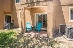 Laurie's Regal Palms Townhouse** Townhouse, Holiday homes  Davenport - big - 22