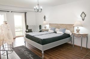 Anita Home, Apartmány  Gyenesdiás - big - 11