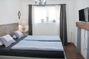 Anita Home, Apartmány  Gyenesdiás - big - 26
