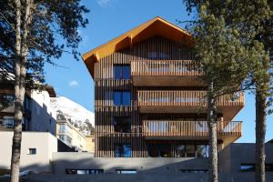 Alpine Lodge Chesa al Parc, Apartmanok  Pontresina - big - 1