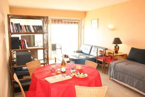 Appartement Le Chantilly 5, Ferienwohnungen  Cagnes-sur-Mer - big - 6