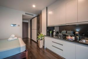 Christina's Hanoi - Lancaster City Living, Apartmány  Hanoj - big - 12