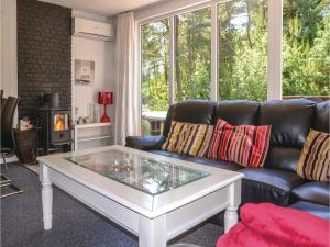 Three-Bedroom Holiday Home in Norre Nebel, Holiday homes  Nørre Nebel - big - 7