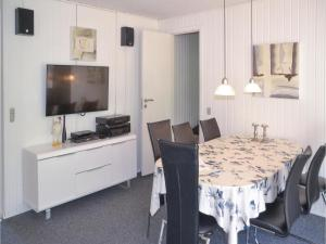 Three-Bedroom Holiday Home in Norre Nebel, Holiday homes  Nørre Nebel - big - 4