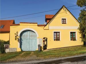 3 hvězdičkový chata Five-Bedroom Holiday Home in Busovice Bušovice Česko