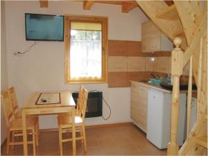 Two-Bedroom Holiday Home in Gaski, Ferienhäuser  Gąski - big - 9