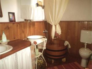Two-Bedroom Holiday Home in Oriszentpeter, Dovolenkové domy  Őriszentpéter - big - 2