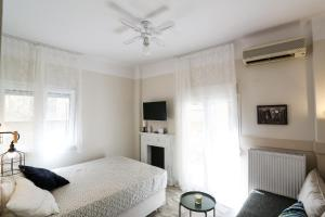 Country Chic City Center Apartment, Appartamenti  Salonicco - big - 13