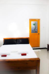 The City Tourist Hotel, Анурадхапура