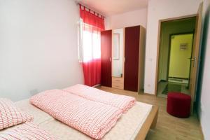 Apartment Vinisce 4886b, Ferienwohnungen  Vinišće - big - 10