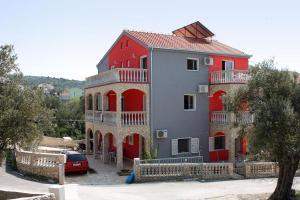 Apartment Vinisce 4886a, Апартаменты  Винисце - big - 1