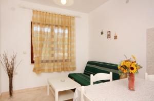 Apartment Vrbnik 5301b