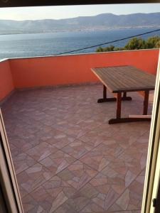 Apartment Slatine 11126a, Appartamenti  Slatine - big - 8