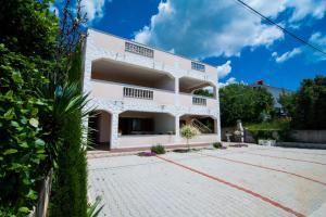 Apartments Ruzica