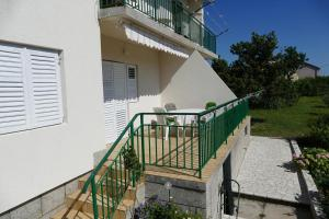 Apartment Banjol 4965a
