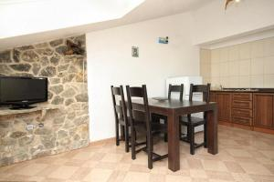 Apartment Scedro - Uvala Karkavac 8801a, Appartamenti  Jelsa - big - 2