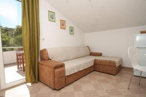 Apartment Scedro - Uvala Karkavac 8801b, Ferienwohnungen  Jelsa - big - 3