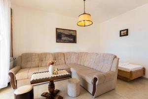 Apartment Dramalj 5592c, Ferienwohnungen  Dramalj - big - 11