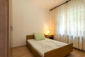 Apartment Dramalj 5592c, Ferienwohnungen  Dramalj - big - 8