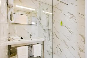 Brit Hôtel Confort Loches, Hotels  Loches - big - 15