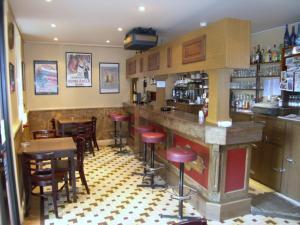 Hôtel Restaurant des Voyageurs, Hotely  Plonéour-Lanvern - big - 14