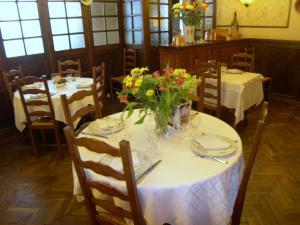 Hôtel Restaurant des Voyageurs, Hotely  Plonéour-Lanvern - big - 12