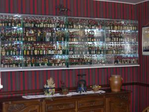 Hôtel Restaurant des Voyageurs, Hotel  Plonéour-Lanvern - big - 41