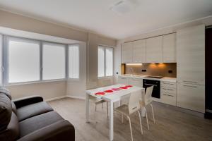 Lake Como Apartments - AbcAlberghi.com