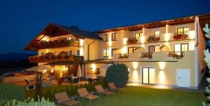 Hotel Martin, Hotely  Ramsau am Dachstein - big - 1