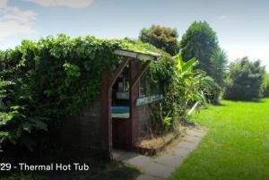 Lakefront Rotorua House in Town, Vily  Rotorua - big - 9