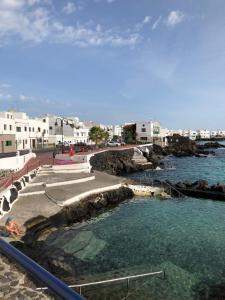 Casita Lanzaocean view, Ferienwohnungen  Punta de Mujeres - big - 16