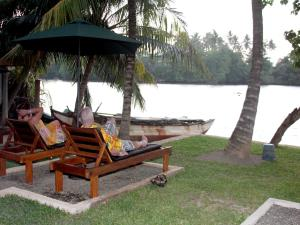 Koggala Lake view PandJ Villa